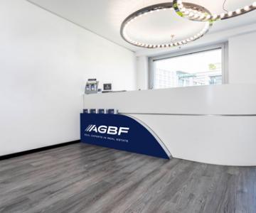 Office Large Real Estate Location Voßstraße 20